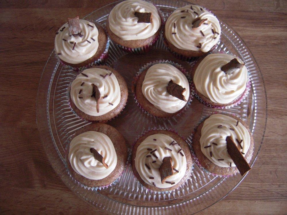 vegan french toast cupcakes