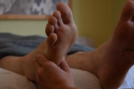 Man feet sm.jpg