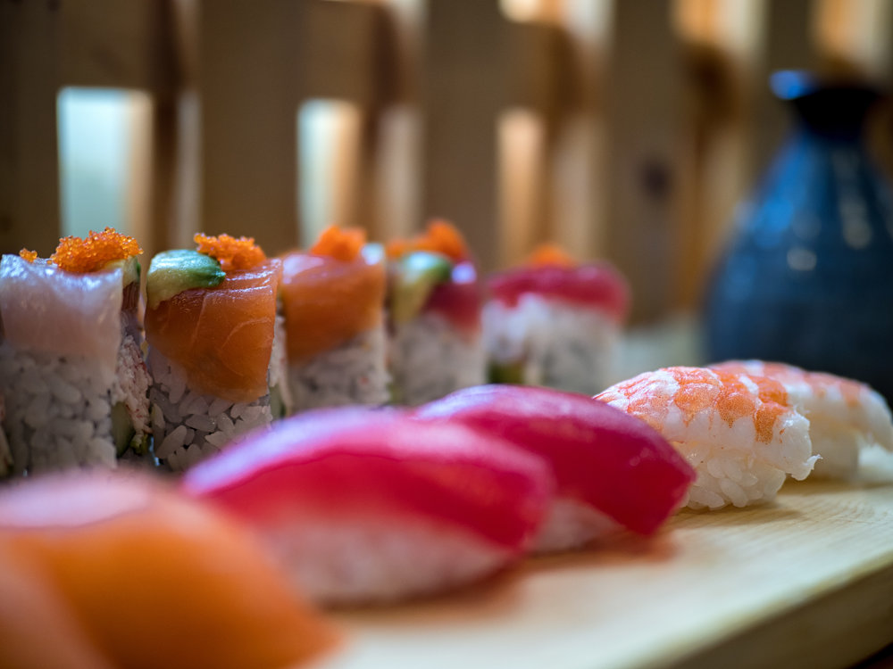 Sushi and nigiri platter from Ginza Sushi in Kaka'ako District of Honolulu.