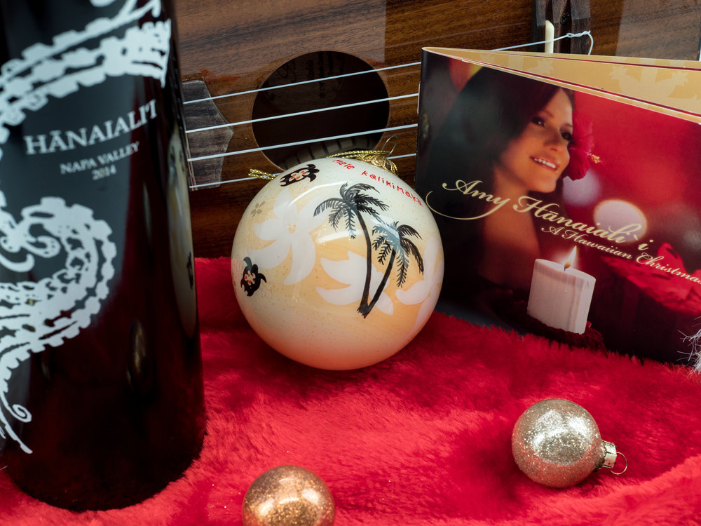 Musings by the Glass - Mele Kalikimaka - Hawaiian Christmas Music and Wine Pairings - Amy Hanaialii Christmas Album and 2014 Hanaialii Merlot from Napa Valley California
