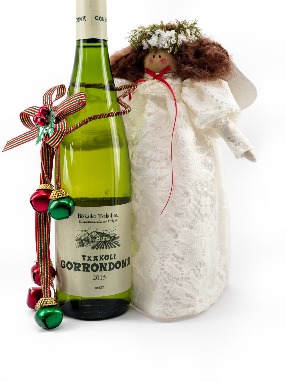 Musings by the Glass - Mele Kalikimaka - Hawaiian Christmas Music and Wine Pairings - Angel and Gorrondona from Basque Spain