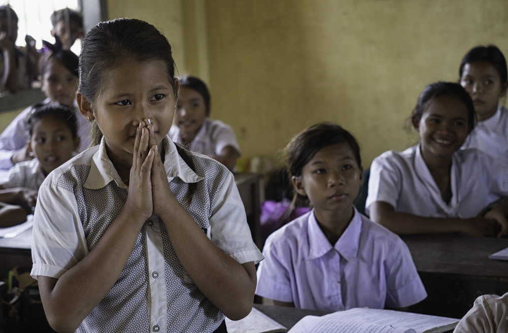 Musings by the Glass - Visual Musings - Cambodian Restrospective - Cambodia Rural School Class