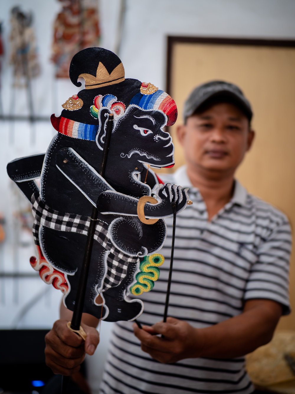 Musings by the Glass - Bali Photo Essay - Puppet Master