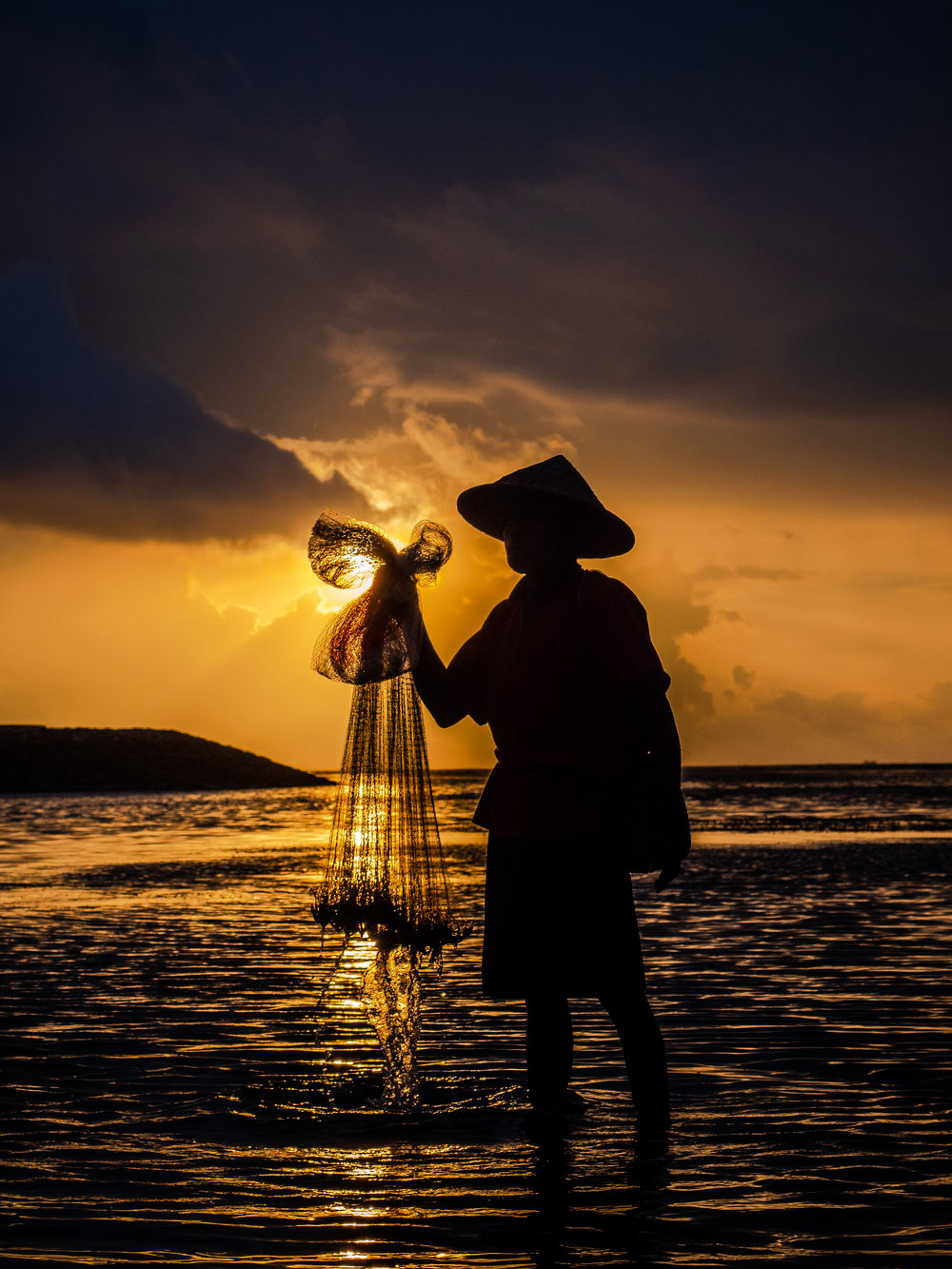 Musings by the Glass - Bali Photo Essay - Fisherman