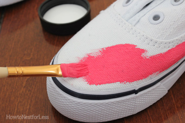 paint-kids-tennis-shoes.jpg