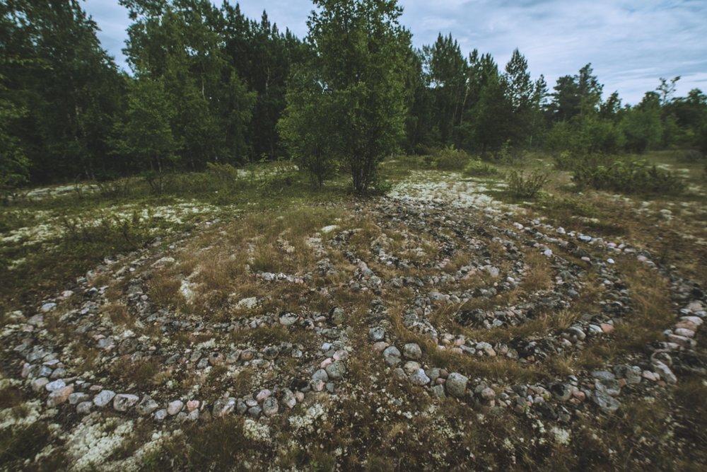 Kuka arvaa mitä varten nämä kivikehät on tehty?