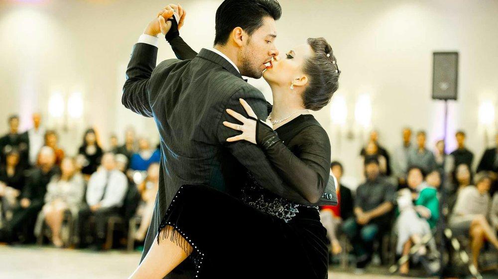 Daniel Moreno& Amanda Accica of... Argentine Tango Detroit