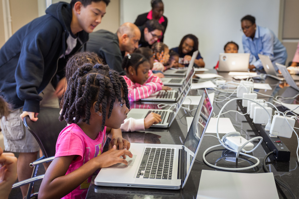 black-girls-code-classroom-2.jpg