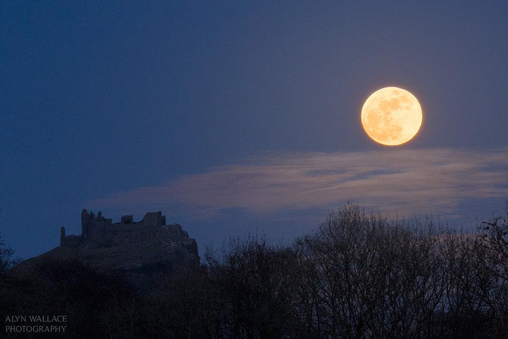 Castle-Rise-Moon-Carreg-Cennen.jpg