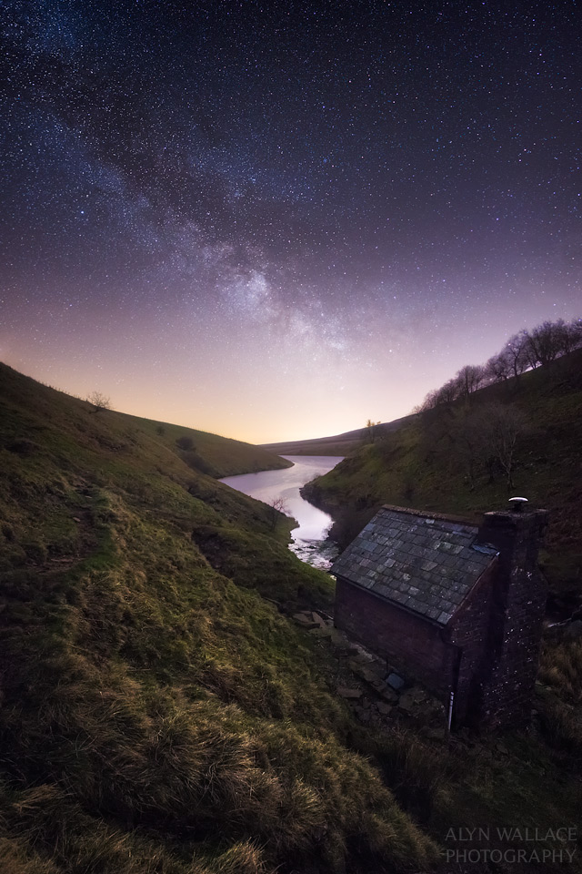 Escape-Grwyne-Fawr-bothy-reservoir.jpg