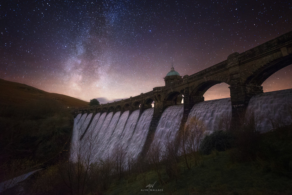 Craig Goch Dam, Elan Valley   -    Sony A7SII + Sigma 14mm Art    (   f/2.2   /   25 secs   /   ISO12,800    )