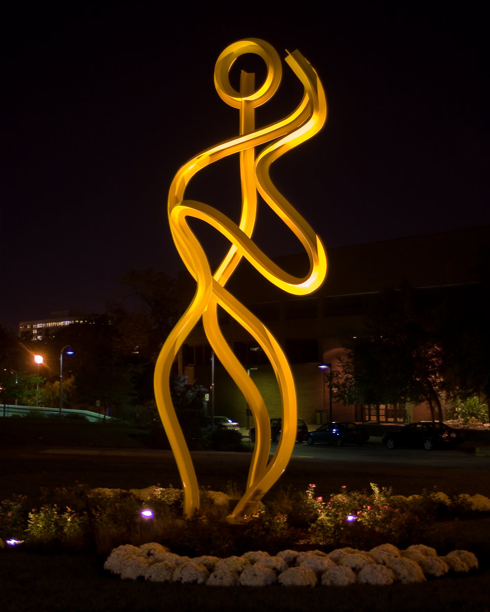 Dancing  1980, painted steel, 26ft x 10ft x 5in  Installed in 2008 at the Performing Arts Center at the University of Missouri, Kansas City 4949 Cherry Street, Kansas City, MO