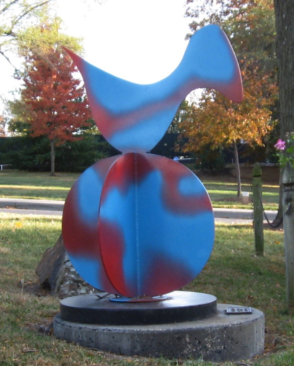 Sky Bird  1996, painted steel, 3x3x3 ft  Taliaferro Sculpture Garden Prairie Village, KS