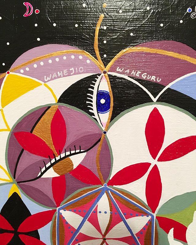 🌘👁🌺detail of custom painting @onbeingjulie • #liltrippy #astrology #yogaart #kundaliniyoga #yogalifestyle #meditation #womeninart #mandala