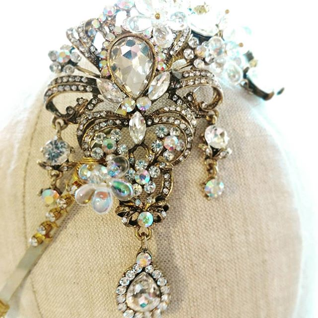 If you are looking for bridal headpieces that you won't find anywhere else. This designer creates magical pieces that reflect your personality and style. @thewhitegloveboutique