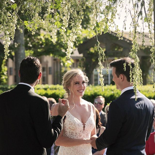 These vows...they were good 😭😭😭 #weddingvows #wedding #winery #pontewinery @taylor__lindner @fabian_runs