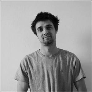 Jérémy Waterkeyn   Jiwé est diplômé en architecture de l'Insa Strasbourg en 2016. Il travaille actuellement dans l'agence d'architecture Anthony Bechu et associés. Intéressé par les outils paramétriques ainsi que les projets participatifs et constructifs, il est membre d'atelier Na depuis début 2016.