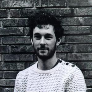 Clément Guinaudeau   Diplômé en architecture et ingénierie civile de l'INSA de Strasbourg (respectivement 2015 et 2017), il travaille actuellement sur des chantiers de rénovation en qualité d'ingénieur méthodes. Clément est intéressé par les divers modes constructifs et l'interface avec les équipes chantier.