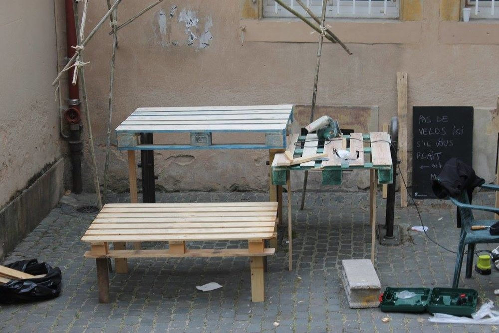 Des tables pour les petits et les grands