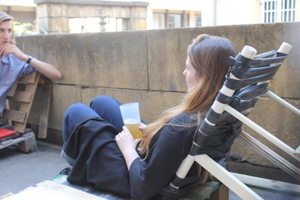 Test de conformité de la chaise longue en chambres à air