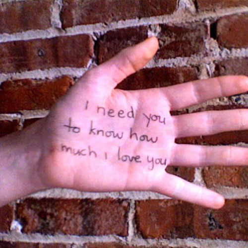 i need you to know how much i love you    a hand-written love note every night for a year