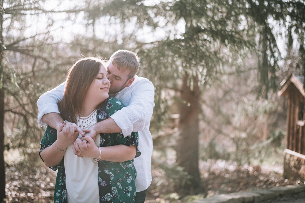 Westerville Wedding Photographer Engagement Inniswood Sunset Natural