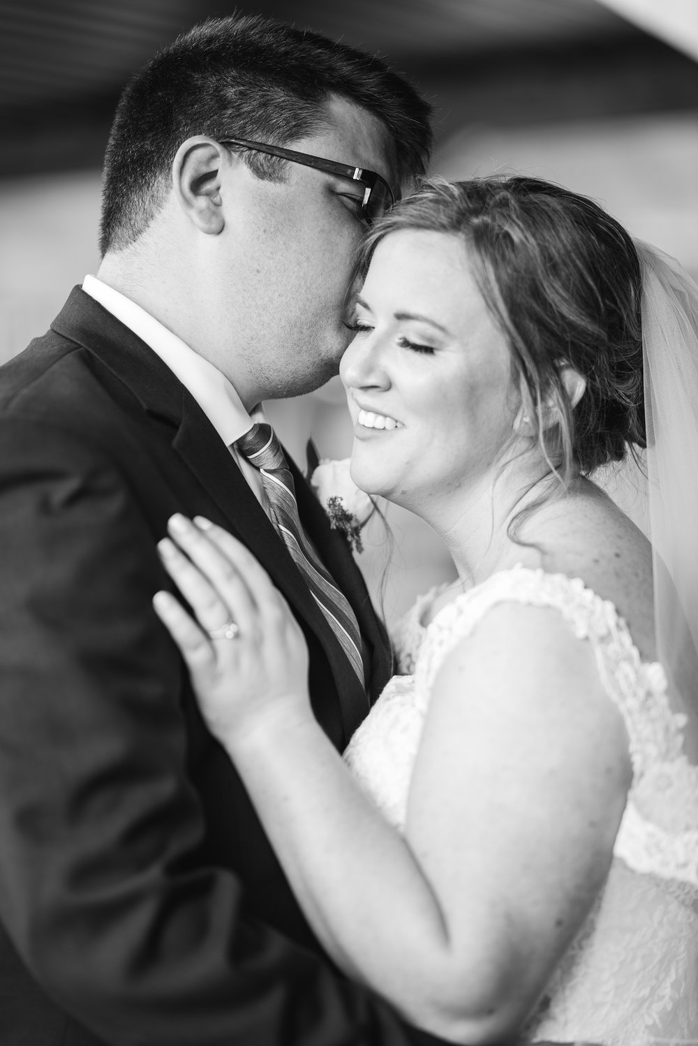 wedding photographers in columbus black and white portrait