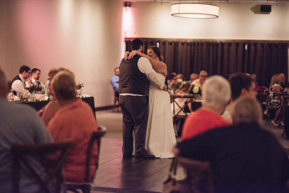 bride and groom first dance la navona