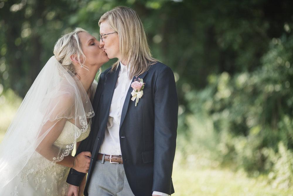 Columbus Ohio Gahanna wedding La Navona