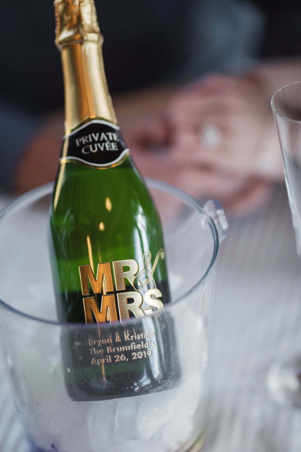 train champagne toast wedding photographer