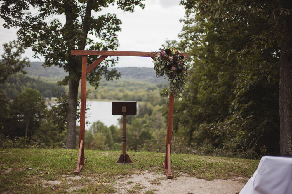 outdoor wedding at lake photographer hilliard ohio