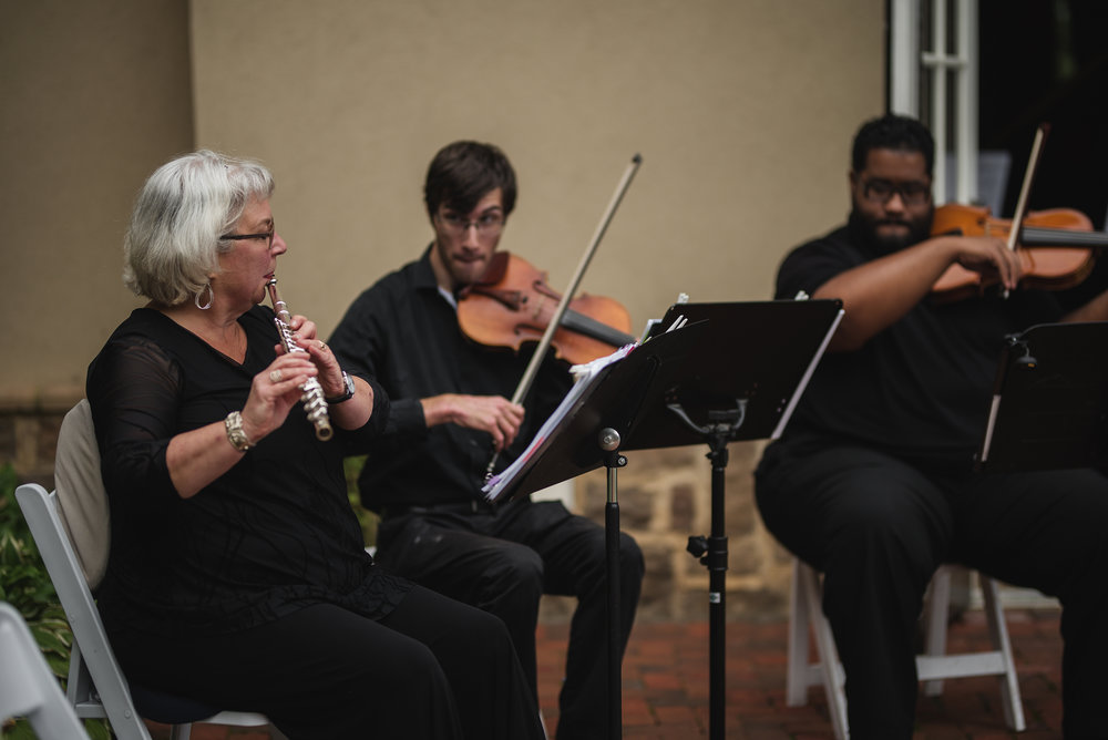 quartet playing at wedding grove city ohio photographer