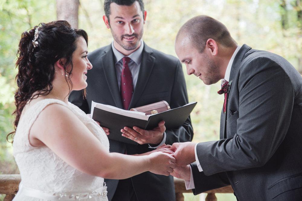 natural lifestyle wedding photographer columbus ohio