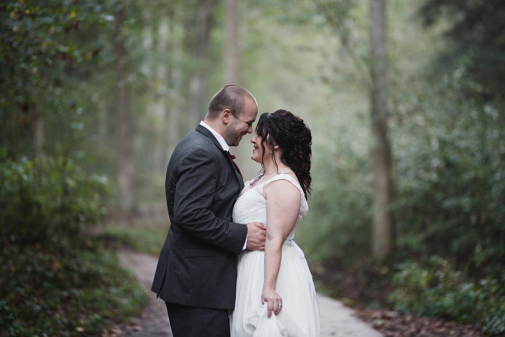 candid wedding photographer in ohio