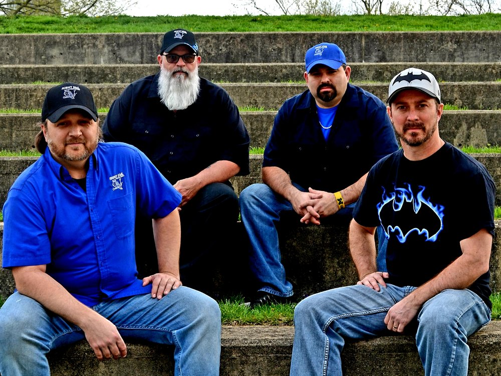 Night Owl Country Band - Making their own way down the road of success.