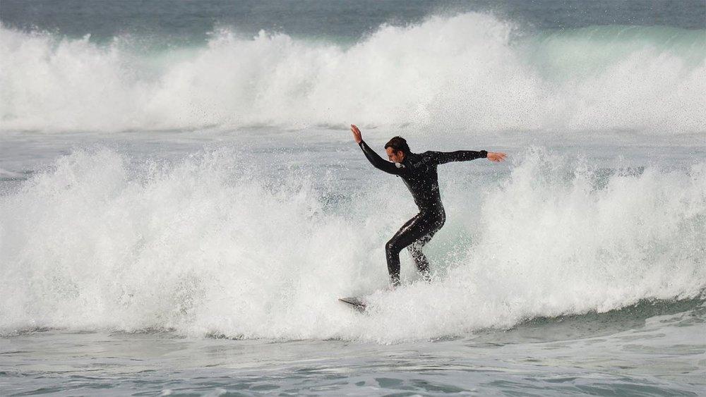 surfing-2001824_1280-sm.jpg