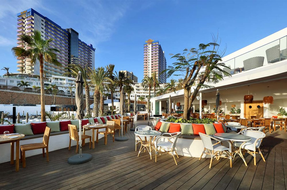Hard_Rock_Hotel_Tenerife_-_The_Beach_Club3.jpg