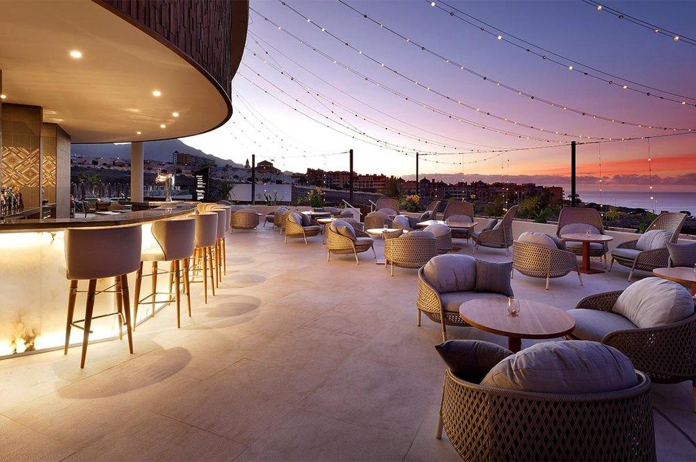 Hard_Rock_Hotel_Tenerife_-_UTC_-_IMG_4201.jpg