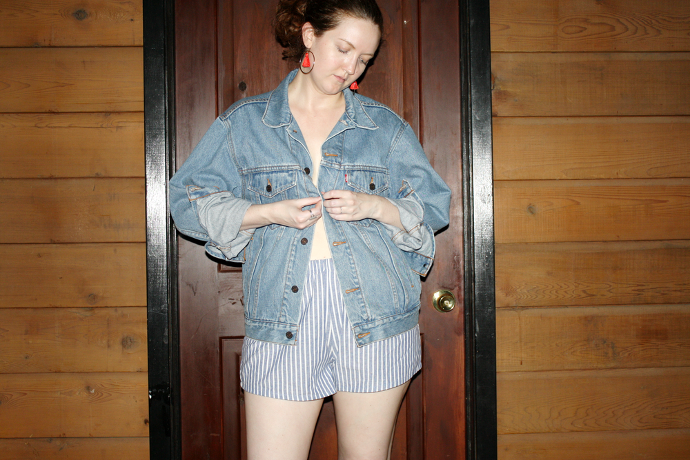 Vintage Levi's Jacket + Reformation shorts + J Crew red earrings