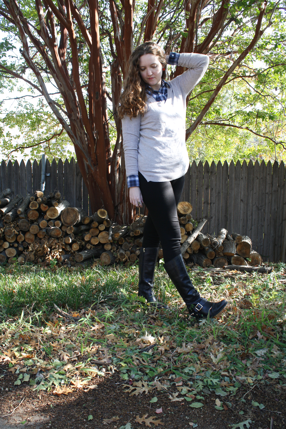 Pretend equestrian strikes again with Vince Camuto boots + leggings