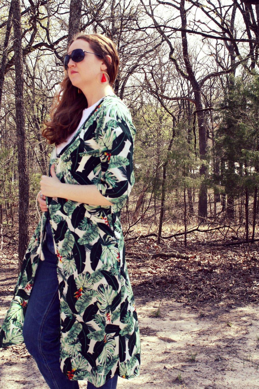 Styling the Spring Box of Style Palm Print Duster Rachel Zoe Grana white tee Everlane denim Everlane sandals.JPG