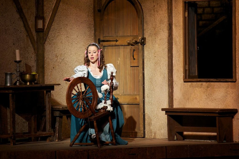 Phoebe ( The Yeomen of the Guard ) at New York City Center (Credit: William Reynolds)