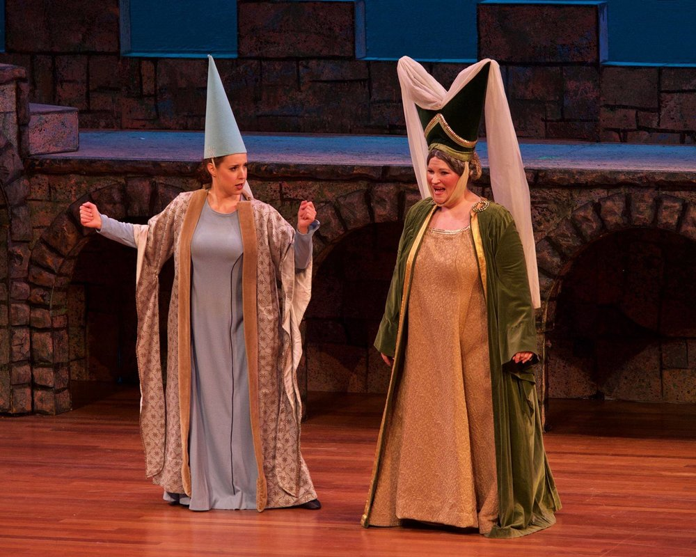 Melissa ( Princess Ida ) at Skirball Center for the Performing Arts, with Angela Christine Smith (Credit: William Reynolds)