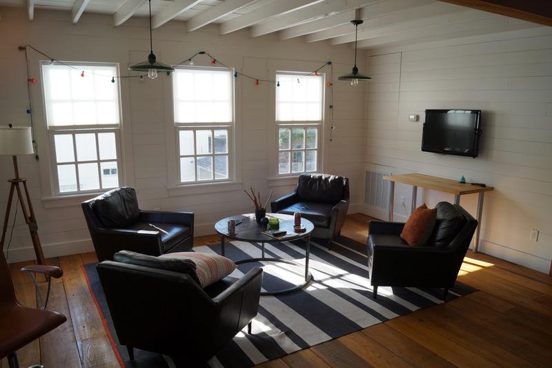 phillips_johnston_interior_design_loft_living_4.JPG