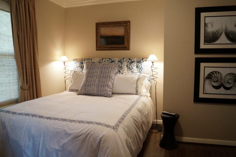 phillips_johnston_interior_design_heights_guest_room_2.JPG