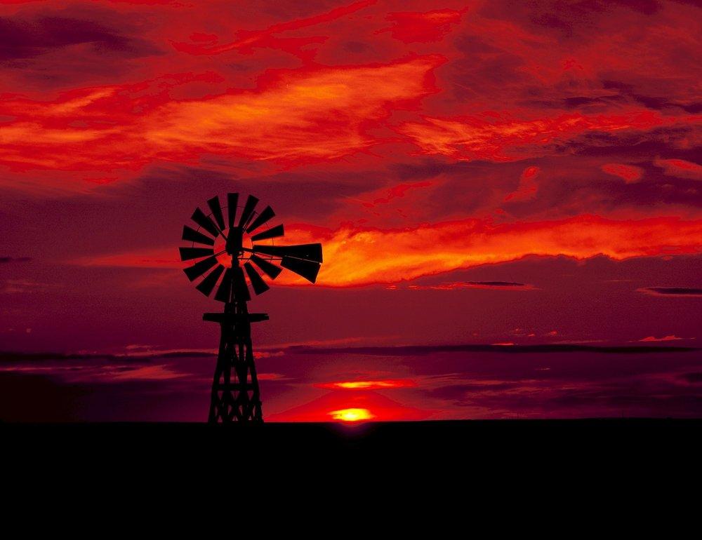 windmill-584438_1920 (1).jpg