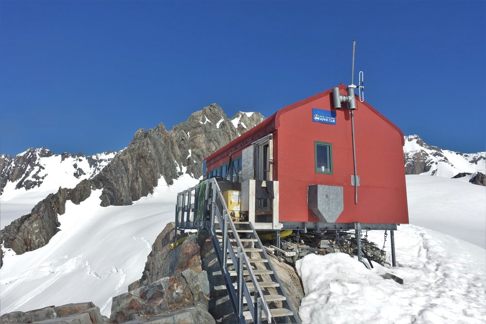 Pioneer Hut on the upper Fox Glacier provides great access to a number of quality snow, ice and alpine rock routes.