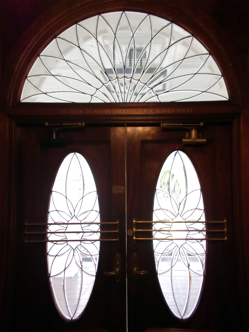 custom beveled glass bevel leaded glass stained glass arch door transom window palo alto atherton california san francisco.jpg