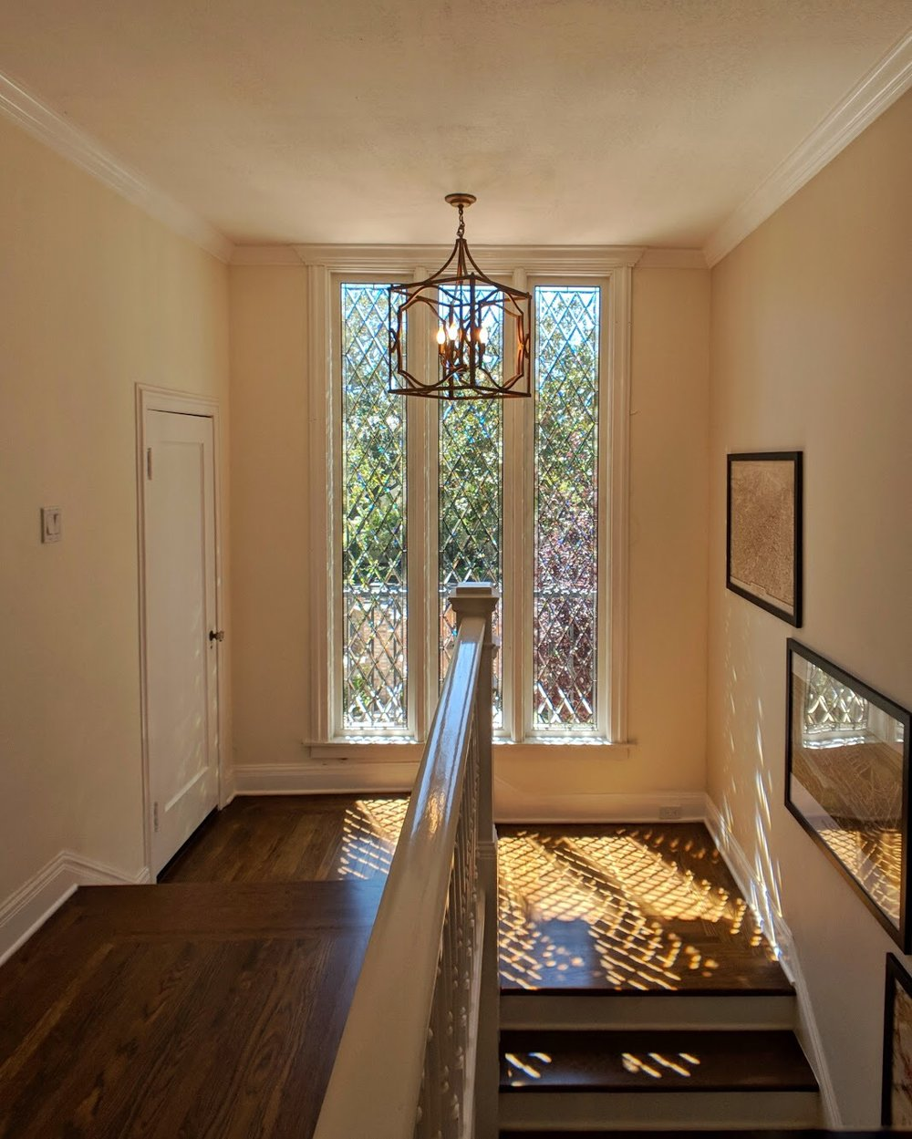 stained glass leaded glass design legacy glass studios menlo park bay area california custom design beveled diamonds seedy glass light refraction beveled glass elegant high end home light pattern stairwell.JPG