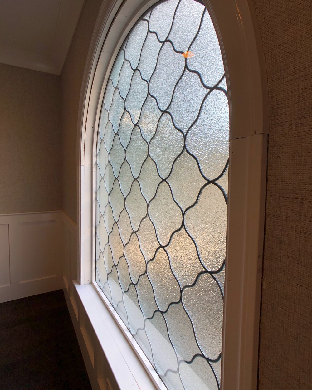 bay area custom design legacy glass studios design triple insulated crystal ice clear texture pattern quatrefoil obscurity privacy window sash glare energy efficiency.jpg